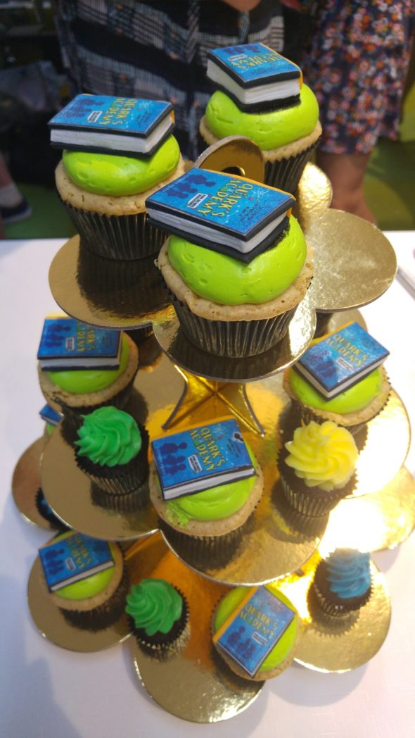 Quarks launch cupcakes!